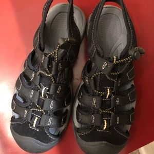 Women's Hiking Sandals